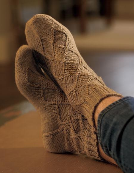Mock Argyle Socks Pattern - Knitting Patterns and Crochet Patterns from KnitP...