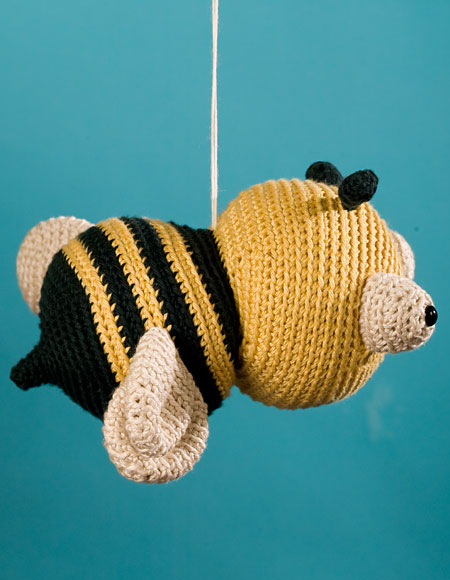 Free Dog Patterns To Knit : Jonathan the Bee Crochet Toy Pattern - Knitting Patterns and Crochet Patterns...
