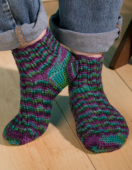 Free Knitted Sock Pattern : Fantasy Fair Isle Crochet Socks - Knitting Patterns and Crochet Patterns from...