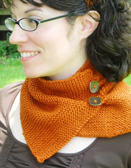 Knitted Neck Warmer Pattern : Warmth of Love Neck Warmer - Knitting Patterns and Crochet Patterns from Knit...