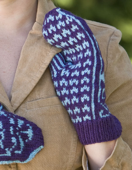 Nordic Knitting Patterns Free : Crimson Tide Nordic Mittens - Knitting Patterns and Crochet Patterns from Kni...