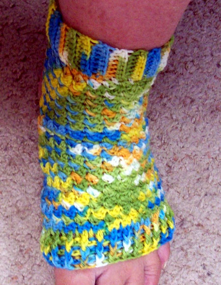 Crochet Patterns Yoga Socks : Peds (Crochet Yoga Socks) - Knitting Patterns and Crochet Patterns ...
