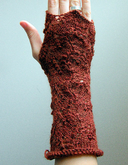 Knitting Pattern For Lace Gloves : Victorian Lace Fingerless Gloves - Knitting Patterns and Crochet Patterns fro...