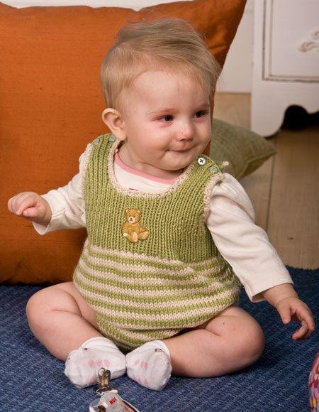 Knitting Pattern Baby Jumpsuit : Romperoo! Baby Romper and Bib - Knitting Patterns and Crochet Patterns from K...