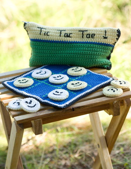 Crocheting Games : Crocheted Tic Tac Toe Game Set - Knitting Patterns and Crochet ...