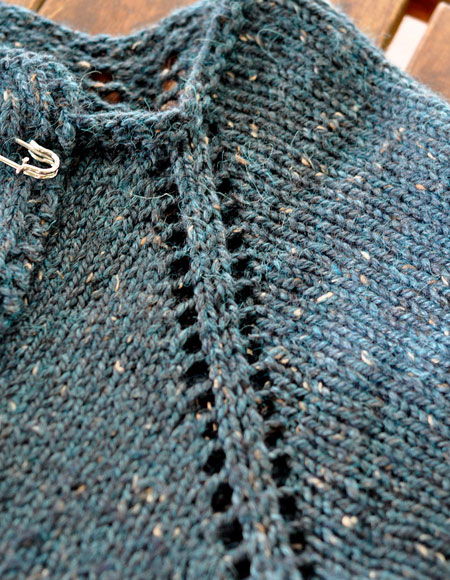 Swing Sweater Knitting Pattern : September Swing Cardigan - Knitting Patterns and Crochet Patterns from KnitPi...