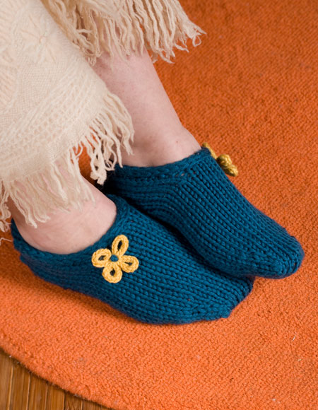 Two Hour Toe Up Slippers Pattern - Knitting Patterns and ...