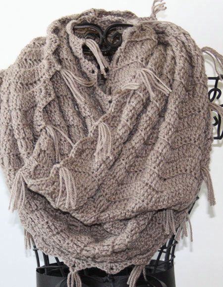 Crochet Patterns Infinity Scarf : Crochet Infinity Scarf - Knitting Patterns and Crochet Patterns from ...