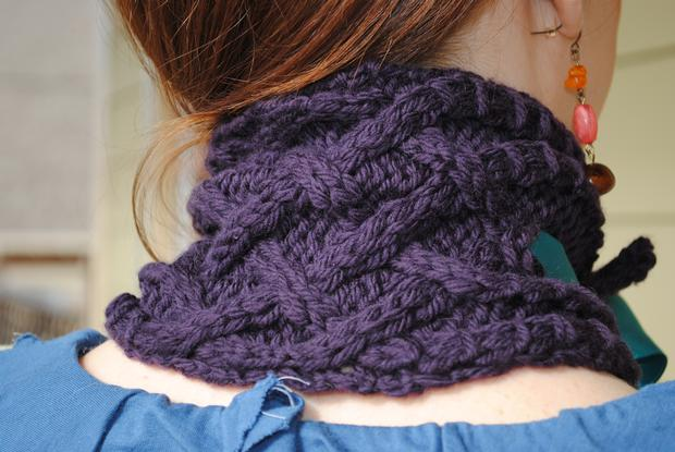 Braided Cowl Knitting Pattern : Braided Ribbon Cowl - Knitting Patterns and Crochet Patterns from KnitPicks.com