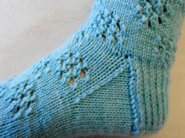 Snowflake Eyelet Socks - Knitting Patterns and Crochet Patterns from KnitPick...