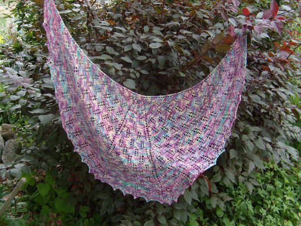 Miss Judiths Shoulder Shawl - Knitting Patterns and Crochet Patterns fro...