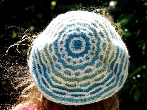 Mosaic Ring Hat - Knitting Patterns and Crochet Patterns from KnitPicks.com
