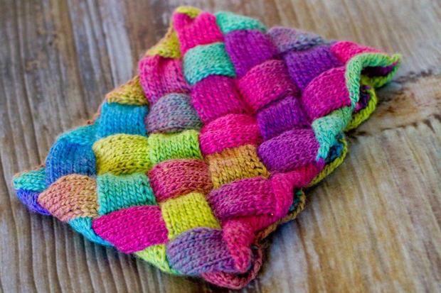 Free Knitting Patterns Entrelac Scarf : Entrelac Cowl - Knitting Patterns and Crochet Patterns ...