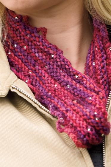 Jaboom Moebius Cowl - Knitting Patterns and Crochet Patterns from KnitPicks.com