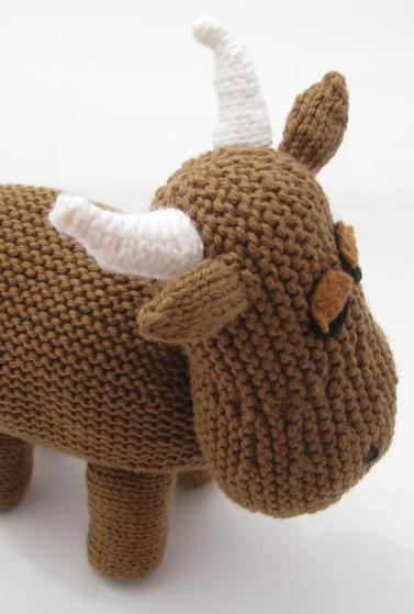 Cow Knitting Pattern : Cow. - Knitting Patterns and Crochet Patterns from KnitPicks.com
