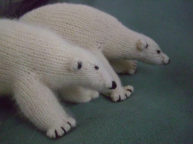 Knitted Bear Patterns For Free : Peabey the Bear - Knitting Patterns and Crochet Patterns ...