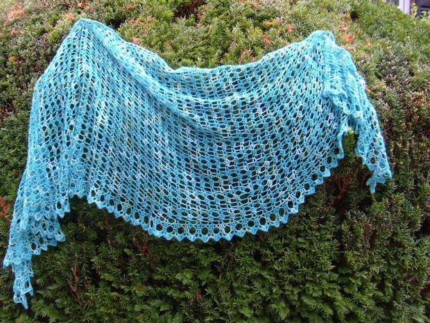 Free Crochet Shawl Patterns Download : Crochet Crescent Sea Shawl - Knitting Patterns and Crochet ...