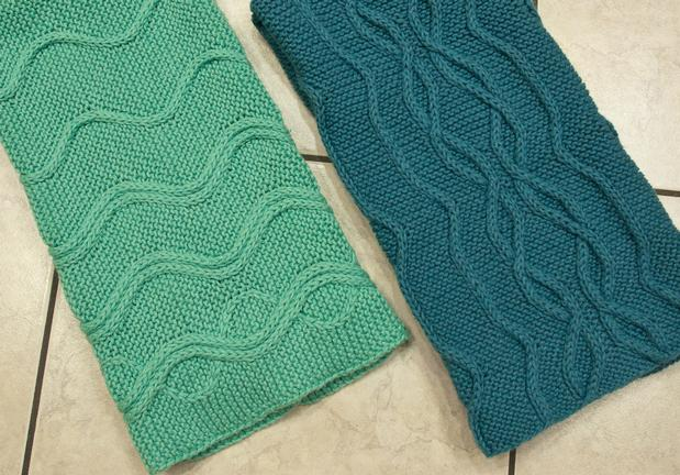 Knitted Hand Towel Patterns : Cotlin Hand Towels with Traveling Stitch Designs - Knitting Patterns and Croc...