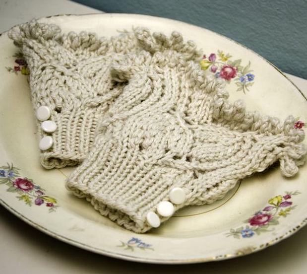 Victorian Cuffs - Knitting Patterns and Crochet Patterns from KnitPicks.com