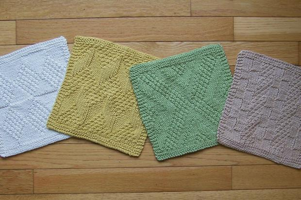#1 Really Reversible Dishcloths Set of 4 - Knitting Patterns and Crochet Patt...