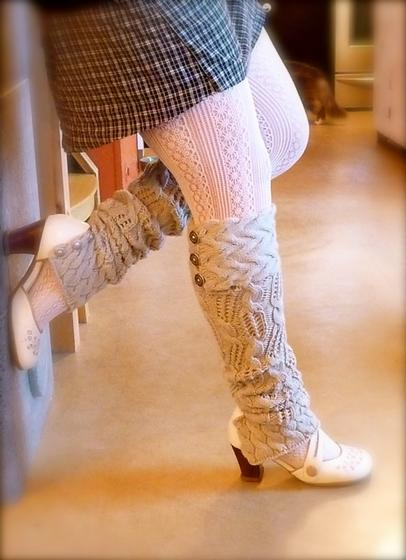 Knitting Pattern Leg Warmers Dk : Holey Smokes! Leg Warmers - Knitting Patterns and Crochet Patterns from KnitP...