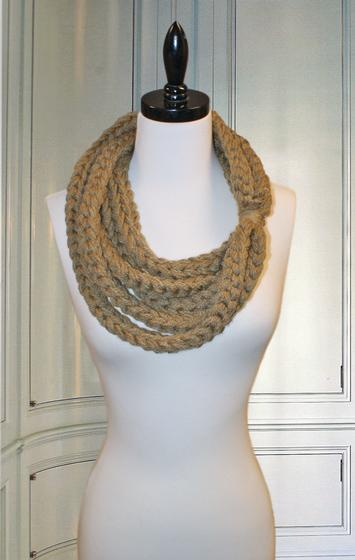 Crochet Scarf Pattern Q Hook : Golden Gate Necklace Crochet Scarf - Knitting Patterns and ...