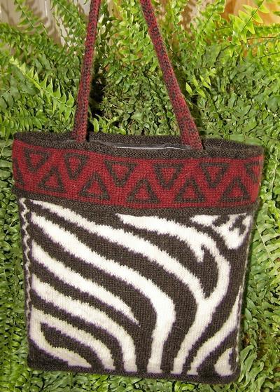 Zebra Tote Bag - Knitting Patterns and Crochet Patterns ...