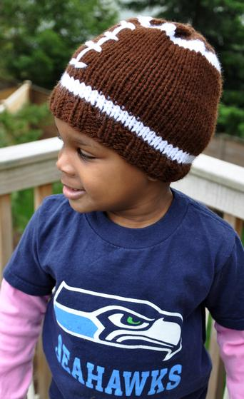 Faster Football Hat - Knitting Patterns and Crochet Patterns from ...