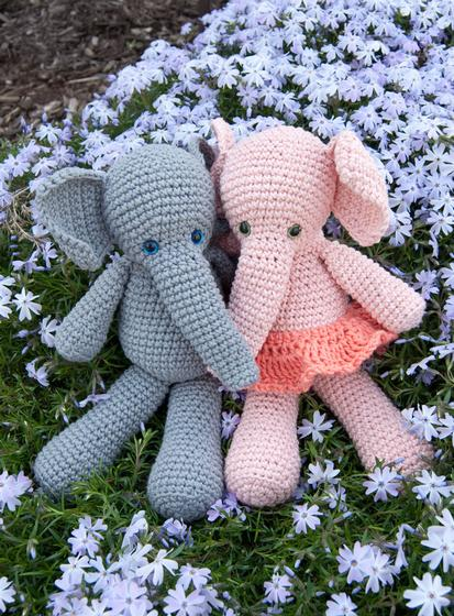 Large Elephant Knitting Pattern : Morris & Matilda Amigurumi Crochet Elephants - Knitting Patterns and Croc...