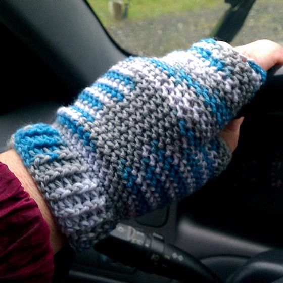 Free Knitting Patterns Gloves Half Fingers : Half-finger Crochet Gloves - Knitting Patterns and Crochet Patterns from Knit...