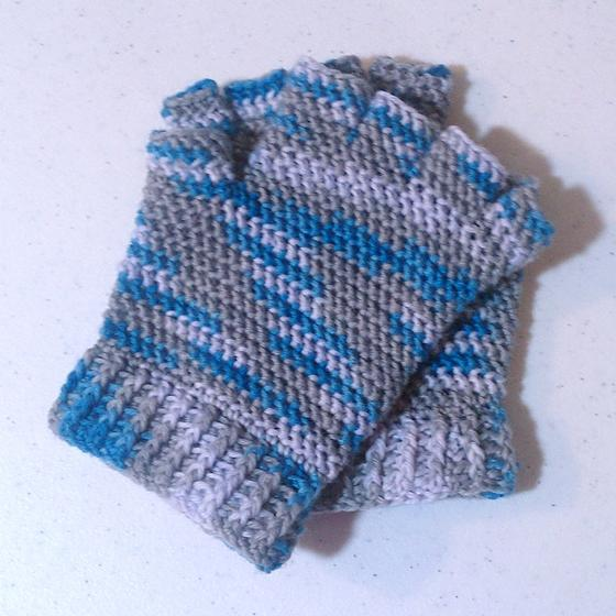 Half-finger Crochet Gloves - Knitting Patterns and Crochet Patterns ...