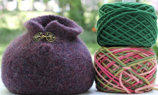 Crochet Yarn Bowl : Small Yarn Bowl - Knitting Patterns and Crochet Patterns from ...