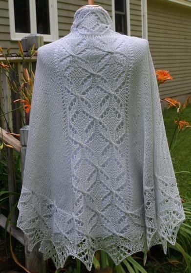 Quatrefoil Knitting Pattern : Lucky Quatrefoil Shawl - Knitting Patterns and Crochet Patterns from KnitPick...