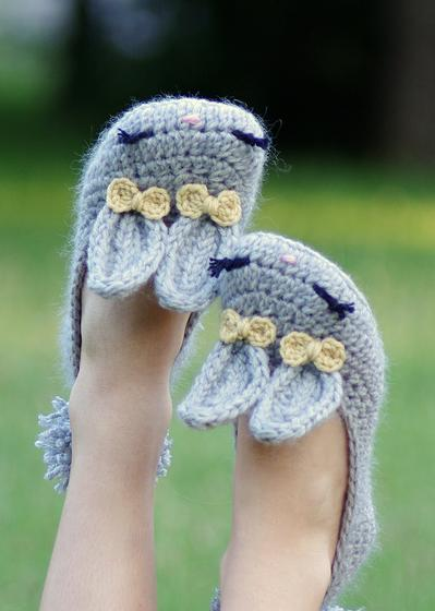 Womens Crochet Bunny Slippers - Knitting Patterns and Crochet Patterns f...