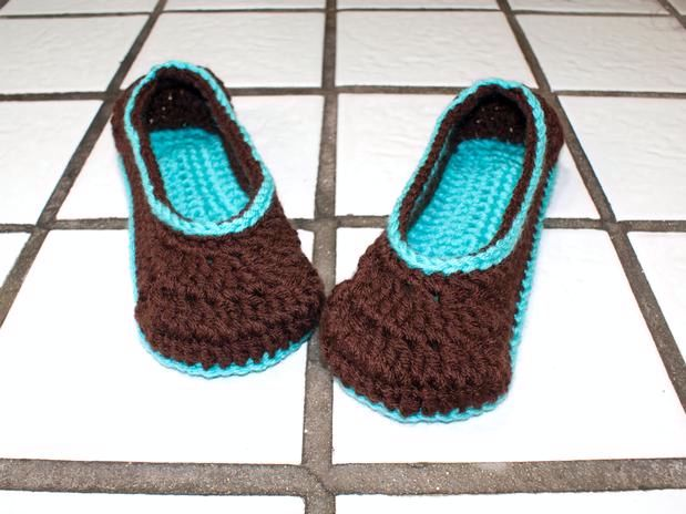Crochet Ballet Slippers - Knitting Patterns and Crochet Patterns from KnitPic...