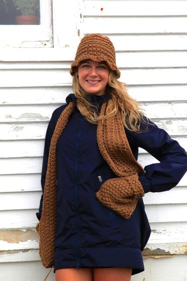 Knitting Pattern Scarf With Pockets : Pocket Scarf and Brim Hat - Knitting Patterns and Crochet ...