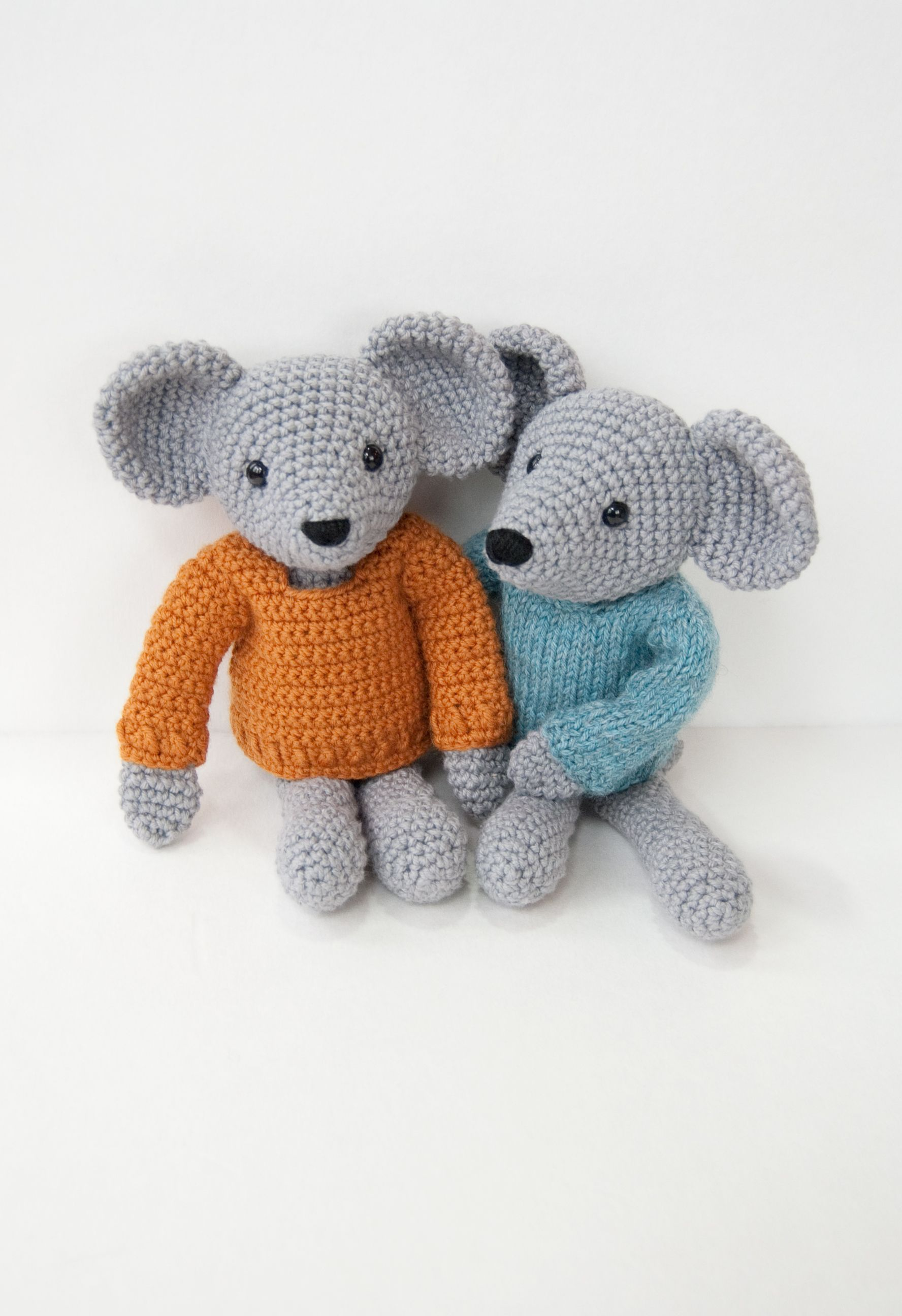 Crochet Pattern Free Mouse : Mouse Pattern - Knitting Patterns and Crochet Patterns ...