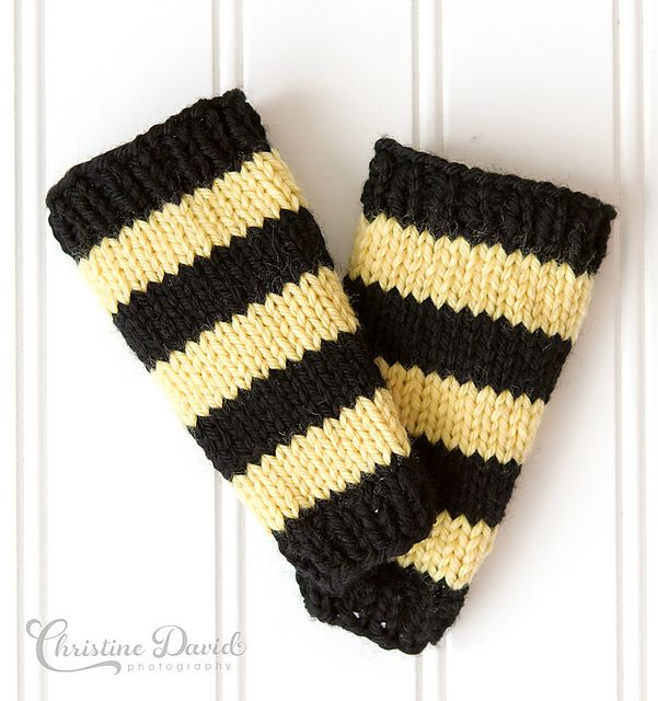 Bumble Bee Knitting Pattern : Bumble Bee Leg Warmers Pattern - Knitting Patterns and Crochet Patterns from ...