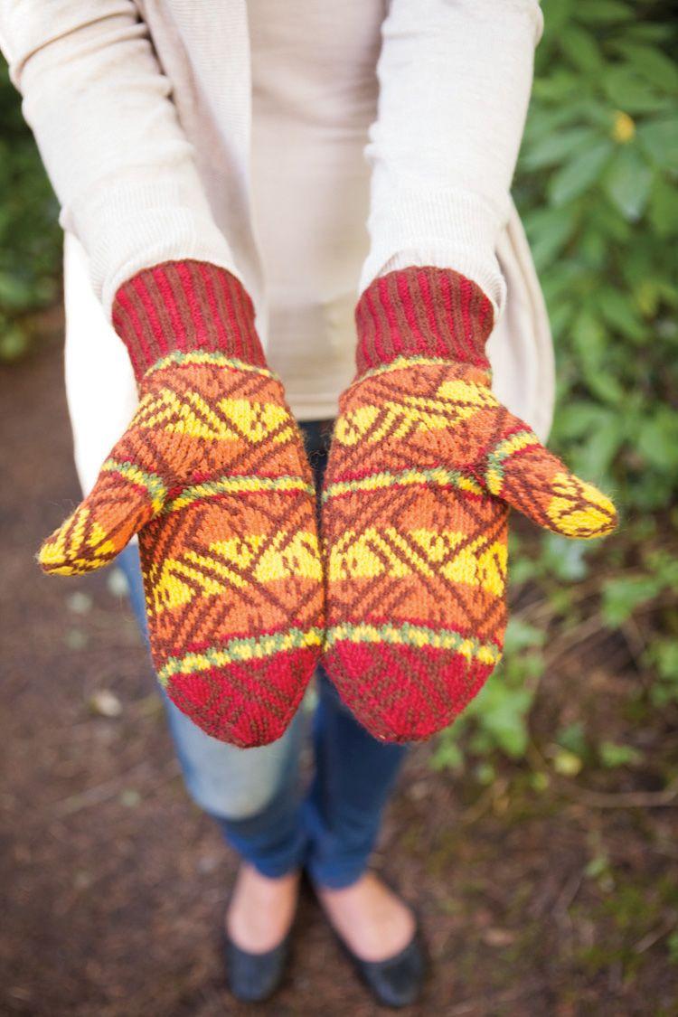 Inca Cat Mittens Pattern - Knitting Patterns and Crochet Patterns from KnitPi...