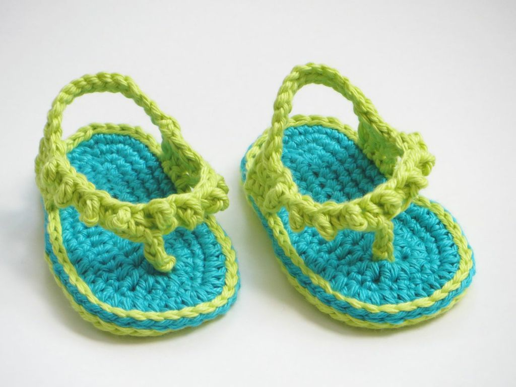 Knitting Pattern For Flop : Flip Flops for Baby Girls Crochet Pattern - Knitting Patterns and Crochet Pat...