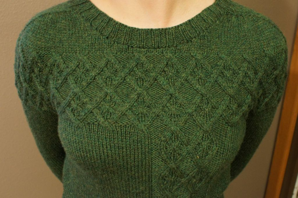 Knit Argyle Pattern : Argyle Cable Pullover Pattern - Knitting Patterns and Crochet Patterns from K...