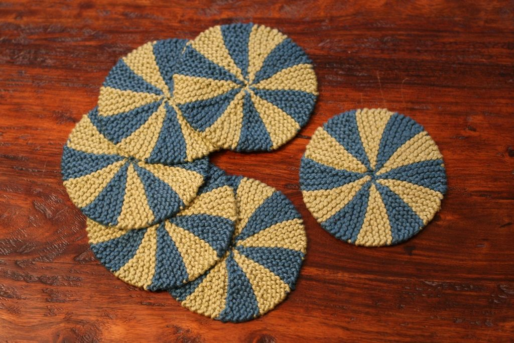 Shaker Dishcloths & Coasters Pattern - Knitting Patterns and Crochet Patt...