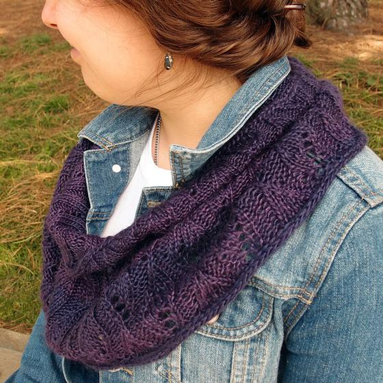 Hidden Leaves Cowl - Knitting Patterns and Crochet Patterns from KnitPicks.com