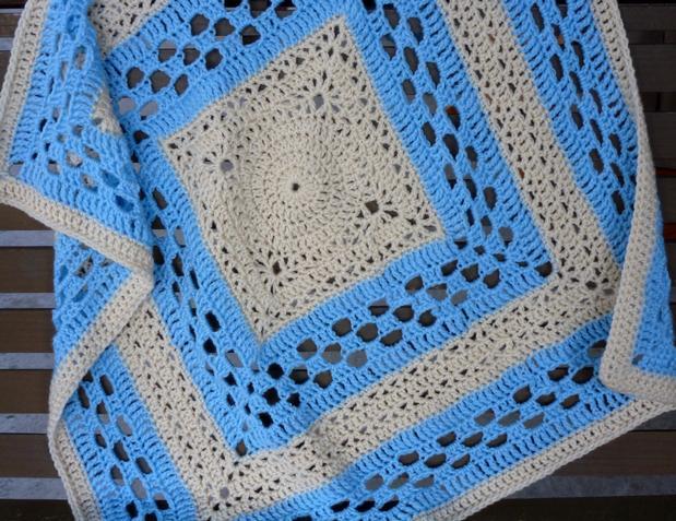 Knit Picky Patterns Baby Blankets : Medallion Baby Blanket - Knitting Patterns and Crochet Patterns from KnitPick...