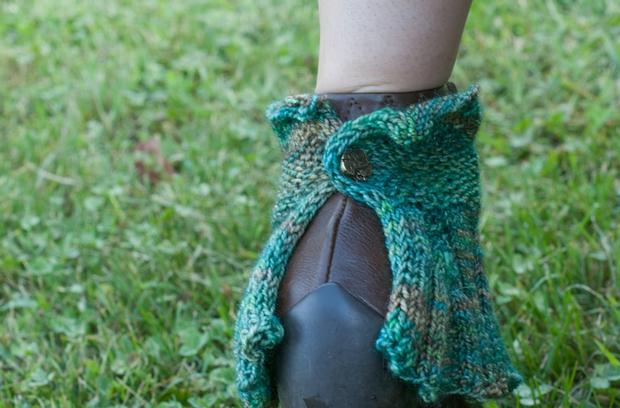 Patterns For Knitted Dog Coats : Steampunk Cuffs - Knitting Patterns and Crochet Patterns from KnitPicks.com