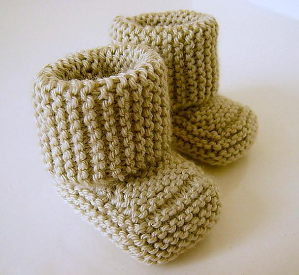 Knitting Circle Loom Patterns : Oh Baby! Baby Booties - Knitting Patterns and Crochet Patterns from KnitPicks...
