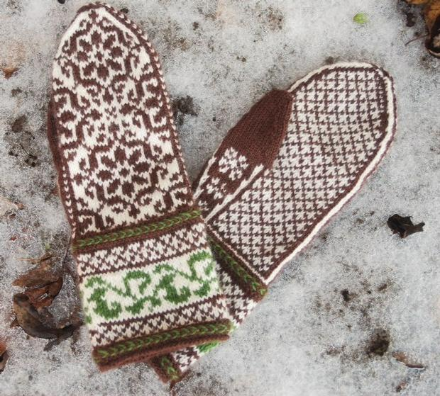 Blooming Lattice Mittens - Knitting Patterns and Crochet Patterns from ...