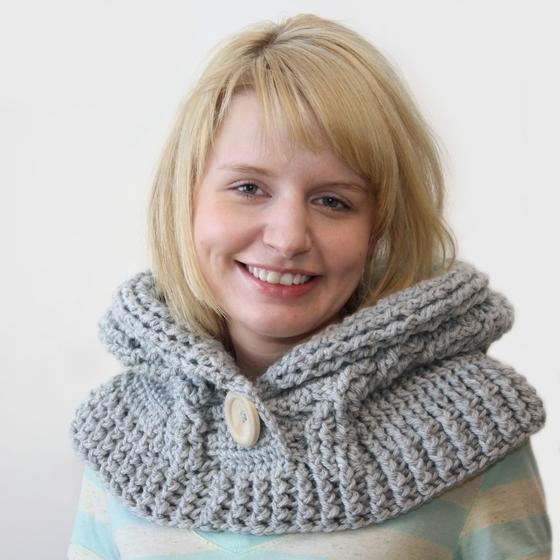Knit Cowl Hood Pattern Free : 51 Degrees North - Crochet Hooded Cowl - Knitting Patterns ...
