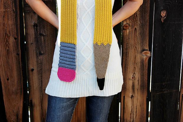 Knitting Pattern For Pencil Scarf : Sinuous Pencil Scarf - Knitting Patterns and Crochet ...
