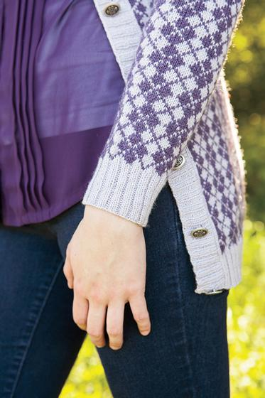 Knitting Pattern Boyfriend Jumper : Argyle Boyfriend Sweater - Knitting Patterns and Crochet Patterns from KnitPi...